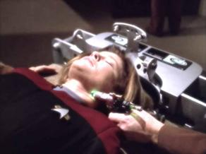 292px-Kathryn_Janeway_treated_for_Dysphoria_Syndrome