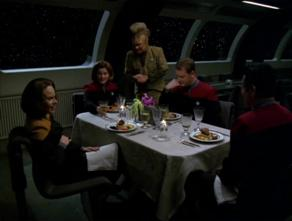292px-Tom_and_BElanna_have_dinner_w_Captain