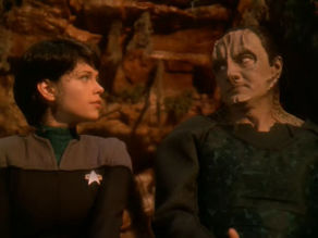 292px-ezri_and_garak.jpg