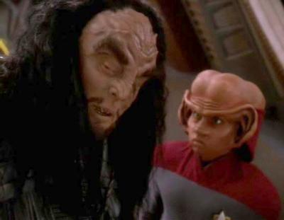 nog_stands_up_to_martok.jpg